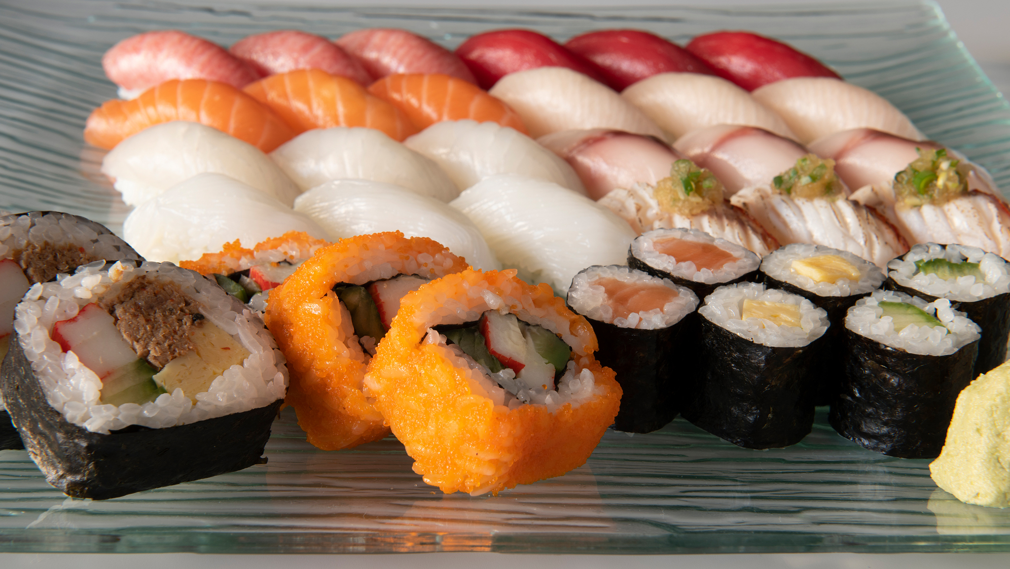 SUSHI TAKE AWAY & DELIVERY
